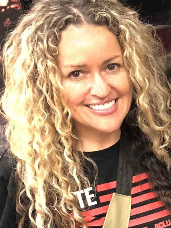Monica Espitia headshot